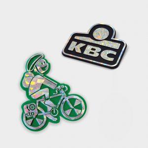 Der Green & Good Speichenreflektor aus recyceltem Kunststoff. Es handelt sich um einen Promotionsartikel mit einer reflektierenden Folie. Sonderanfertigung auf Kundenwunsch.