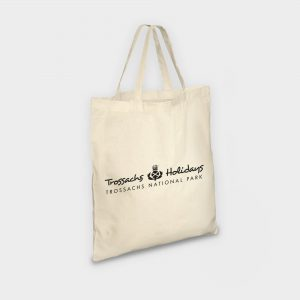 The Green & Good Portobello Cotton Shopper with short handles. Made from natural and unbleached 120gsm Oekotex-Certified cotton. Comes with short handles. Available with a vibrant and colourful screen print or with a practical and detailed transfer print.
