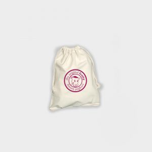 The Green & Good Medium Pouch made from unbleached natural cotton. Comes with a cotton drawstring on top. Available in three different sizes, it is perfect for those special gifts. Ethically produced in India in an audited factory. 4oz / 120gsm cotton. Oekotex 100 Standard.