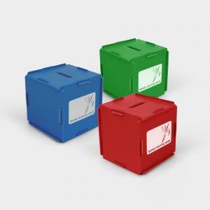 Notre Green & Good Tirelire cube en plastique recyclé