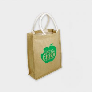 Notre Green & Good Sac shopping en toile de jute avec poignées longues en corde de coton.
